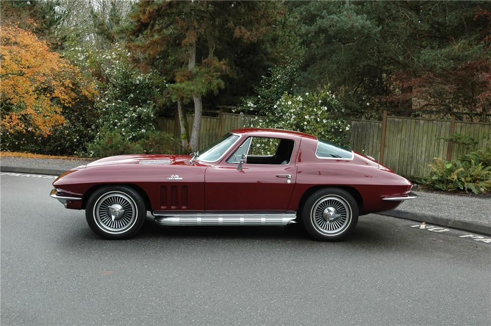 1966 CHEVROLET CORVETTE COUPE - Side Profile - 71276