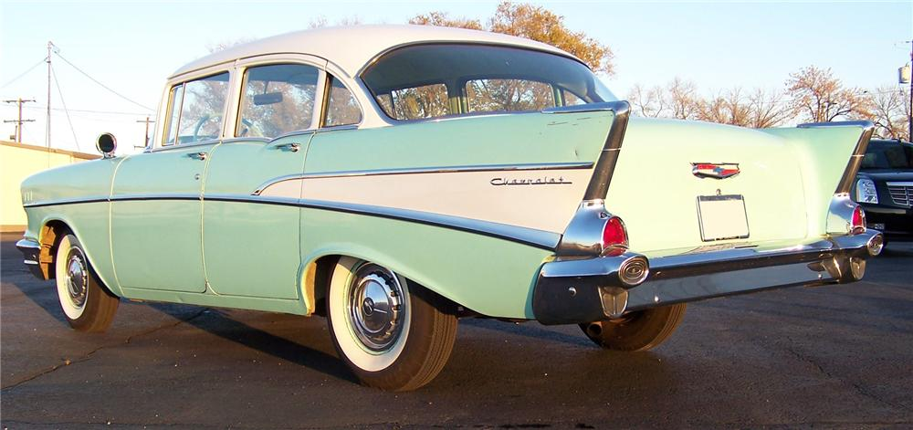 1957 CHEVROLET 210 4 DOOR SEDAN - Rear 3/4 - 71411