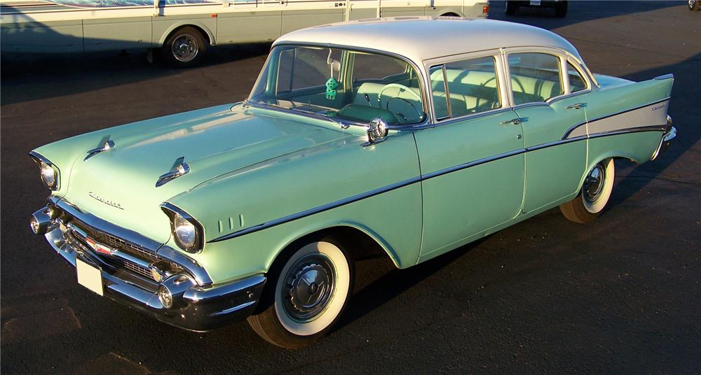 1957 CHEVROLET 210 4 DOOR SEDAN - Side Profile - 71411