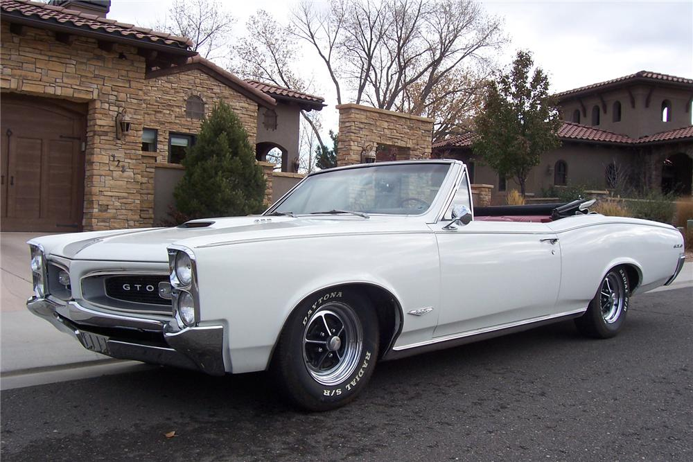 1966 PONTIAC GTO CONVERTIBLE  RE-CREATION - Front 3/4 - 71422