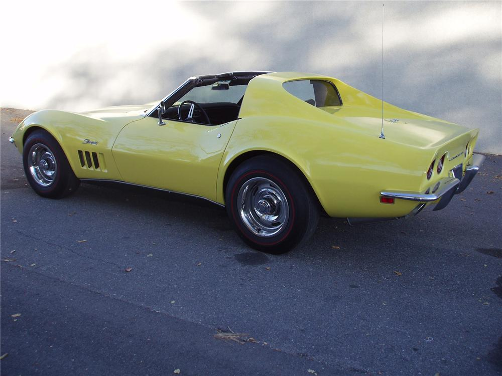 1969 CHEVROLET CORVETTE COUPE - Rear 3/4 - 71554