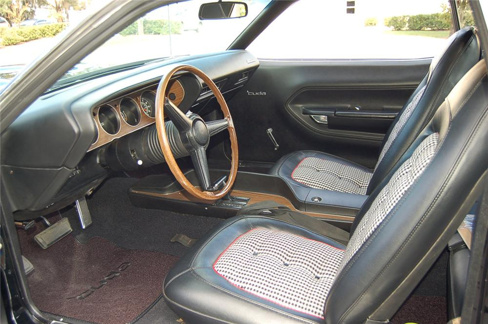 1970 PLYMOUTH CUDA COUPE - Interior - 71558
