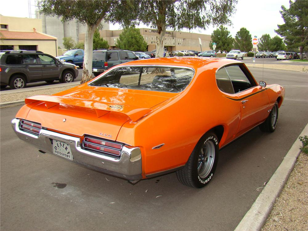 1969 PONTIAC GTO JUDGE COUPE - Rear 3/4 - 71574