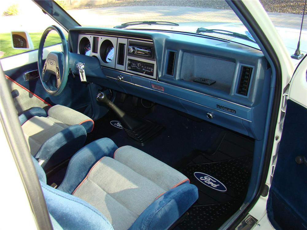 1988 FORD SALEEN SPORT TRUCK - Interior - 71638