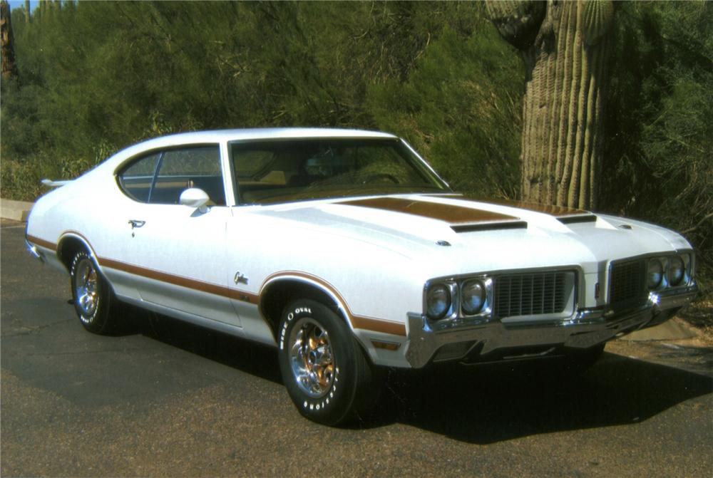 1970 OLDSMOBILE CUTLASS W31 2 DOOR HARDTOP - Front 3/4 - 71649