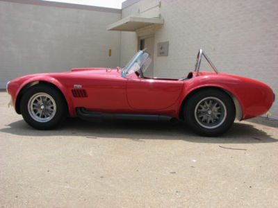 1965 SHELBY COBRA 4000 ROADSTER - Side Profile - 71654