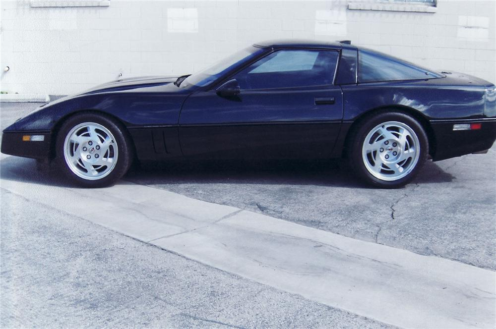 1990 CHEVROLET CORVETTE ZR-1 COUPE - Side Profile - 71707