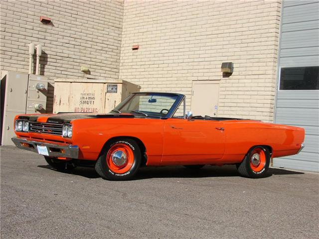 1969 PLYMOUTH ROAD RUNNER CONVERTIBLE - Front 3/4 - 71718