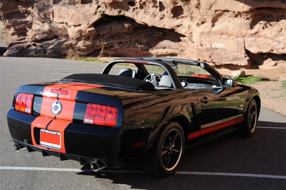2008 FORD SHELBY GT BARRETT-JACKSON EDITION CONV. - Rear 3/4 - 71728