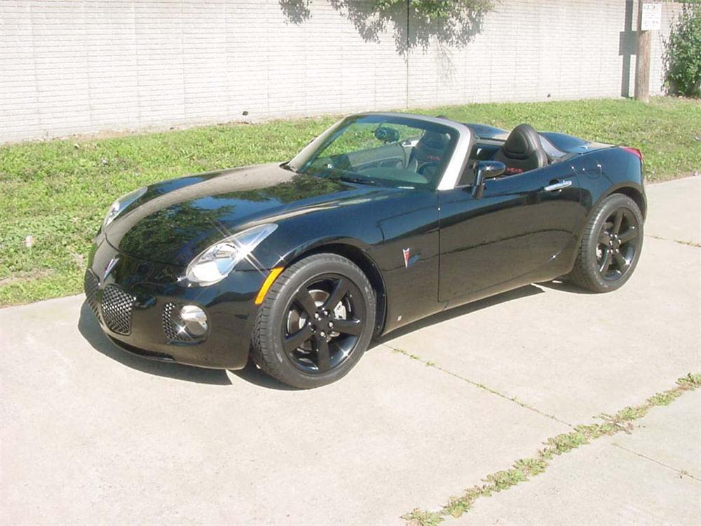 "2006 PONTIAC SOLSTICE ROADSTER ""RUSH CITY"" - Front 3/4 - 71731"