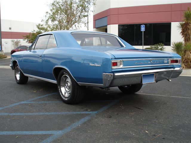 1966 CHEVROLET CHEVELLE SS 396 COUPE - Rear 3/4 - 71734