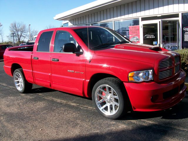 2005 DODGE RAM SRT-10 PICKUP - Front 3/4 - 71735