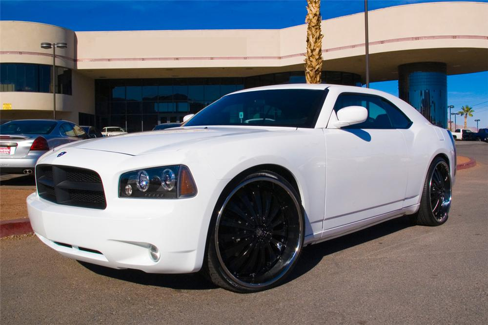 "2007 DODGE CHARGER ""WEST COAST CUSTOMS"" COUPE - Front 3/4 - 71754"