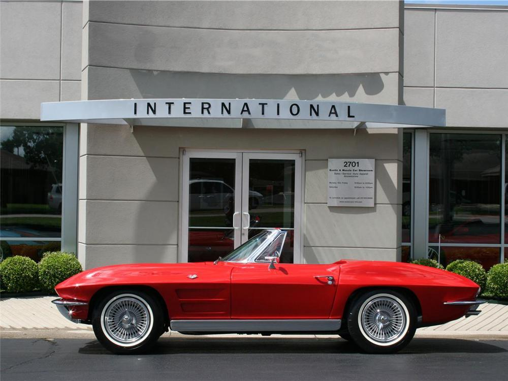1963 CHEVROLET CORVETTE CONVERTIBLE - Side Profile - 71764