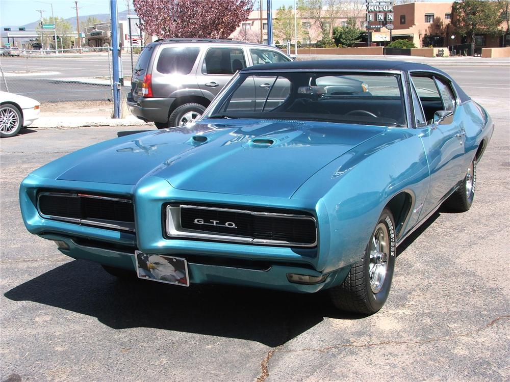 1968 PONTIAC GTO COUPE - Front 3/4 - 71768