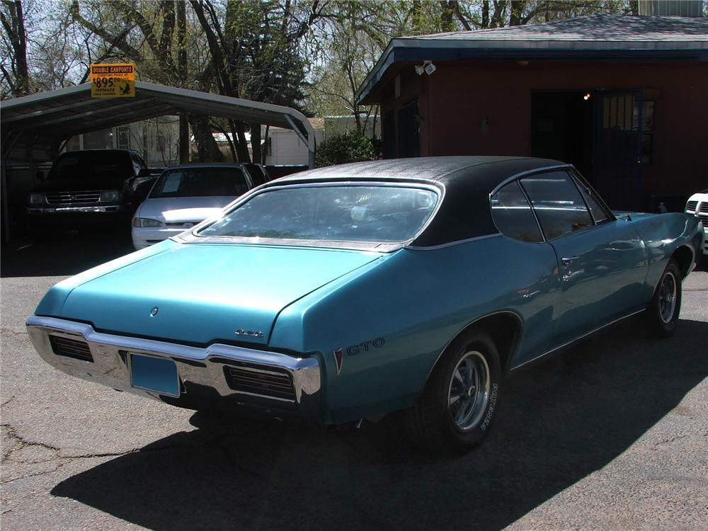 1968 PONTIAC GTO COUPE - Rear 3/4 - 71768