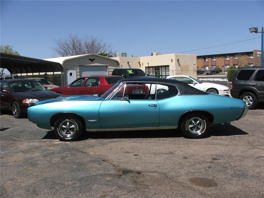 1968 PONTIAC GTO COUPE - Side Profile - 71768