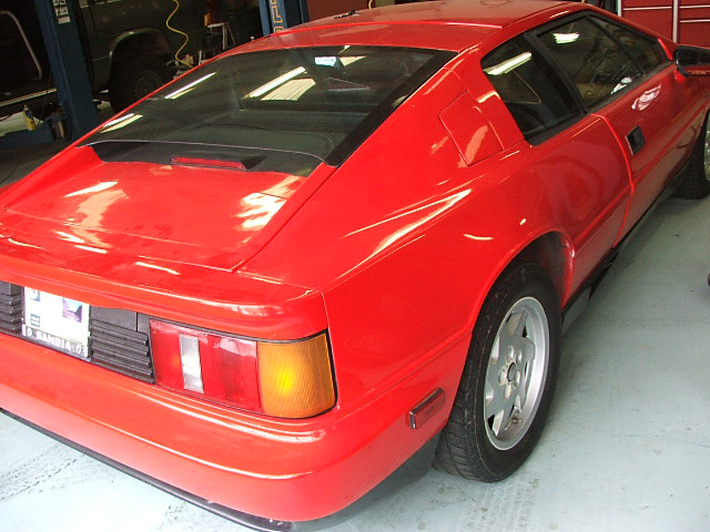 1989 LOTUS ESPRIT 2 DOOR COUPE - Rear 3/4 - 71771