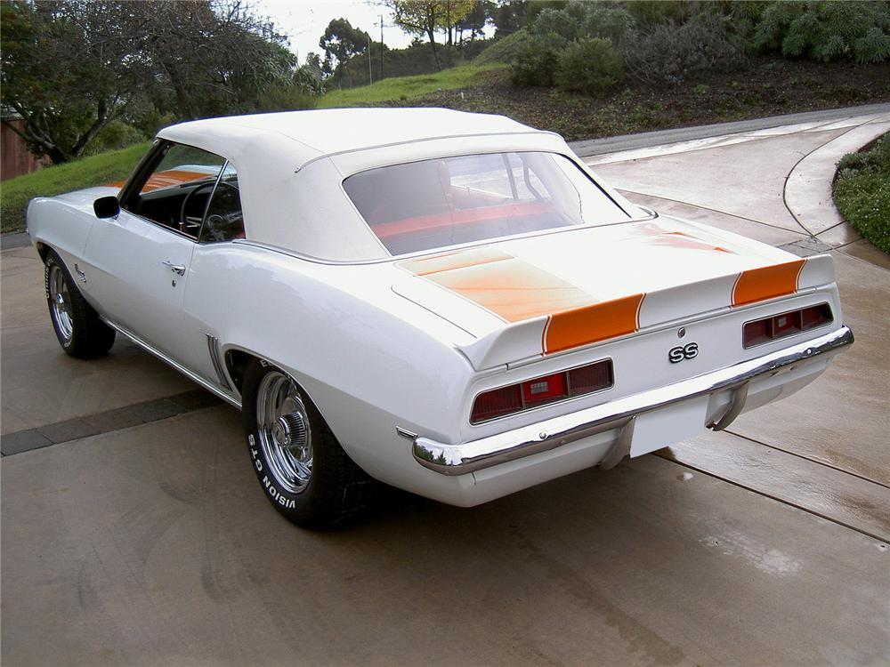 1969 CHEVROLET CAMARO SS CONVERTIBLE - Rear 3/4 - 71773