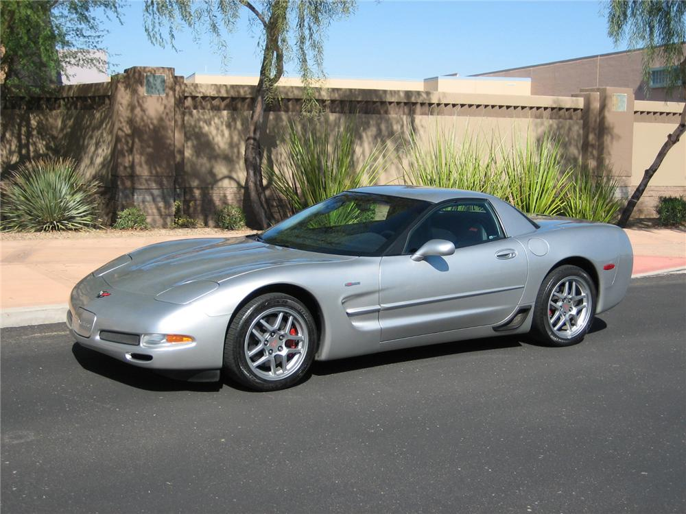 2004 CHEVROLET CORVETTE Z06 COUPE - Front 3/4 - 71786