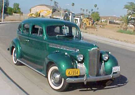 1940 PACKARD 110 4 DOOR SEDAN - Front 3/4 - 71823