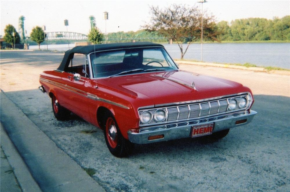 1964 PLYMOUTH FURY CONVERTIBLE - Front 3/4 - 71825