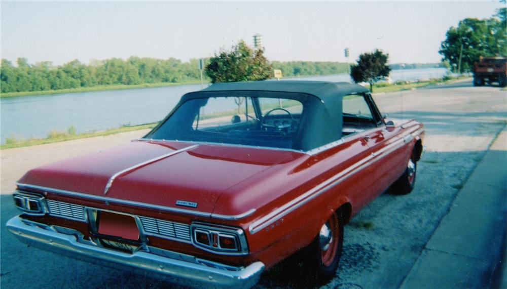 1964 PLYMOUTH FURY CONVERTIBLE - Rear 3/4 - 71825
