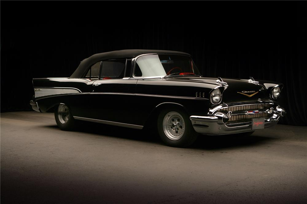 1957 CHEVROLET BEL AIR CUSTOM CONVERTIBLE - Front 3/4 - 71827