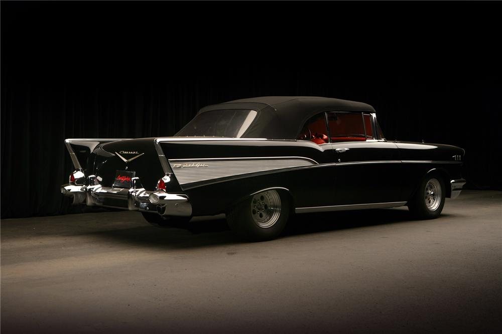 1957 CHEVROLET BEL AIR CUSTOM CONVERTIBLE - Rear 3/4 - 71827