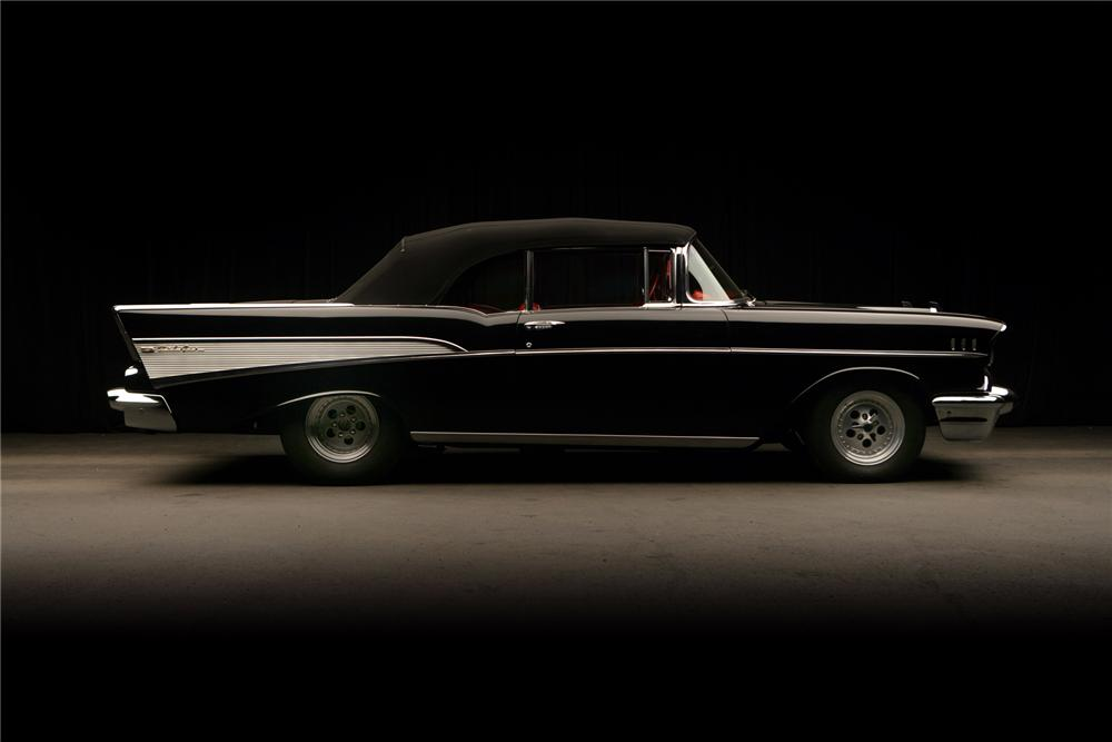1957 CHEVROLET BEL AIR CUSTOM CONVERTIBLE - Side Profile - 71827