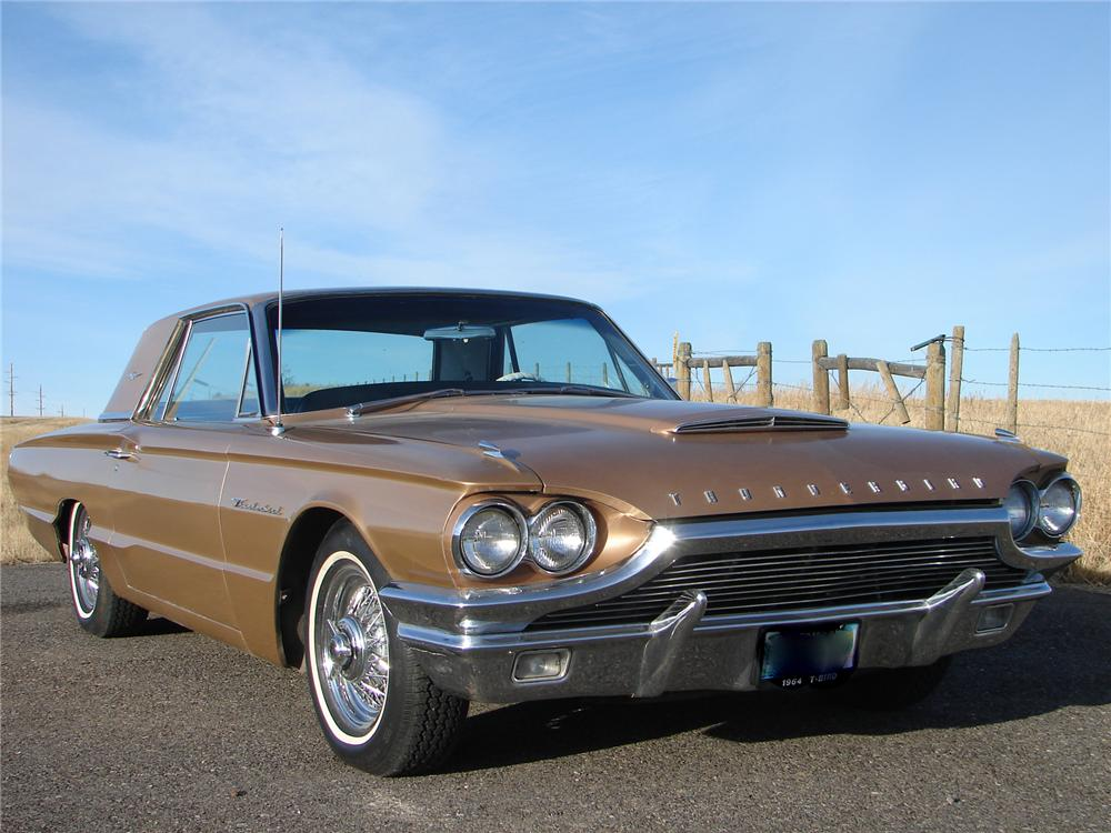 1964 FORD THUNDERBIRD 2 DOOR COUPE - Front 3/4 - 71831