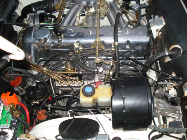 1968 MERCEDES-BENZ 280SL CONVERTIBLE - Engine - 71833