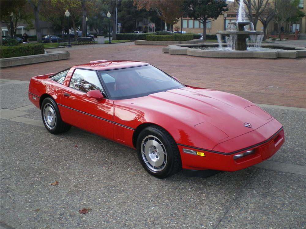 1986 CHEVROLET CORVETTE COUPE - Front 3/4 - 71837
