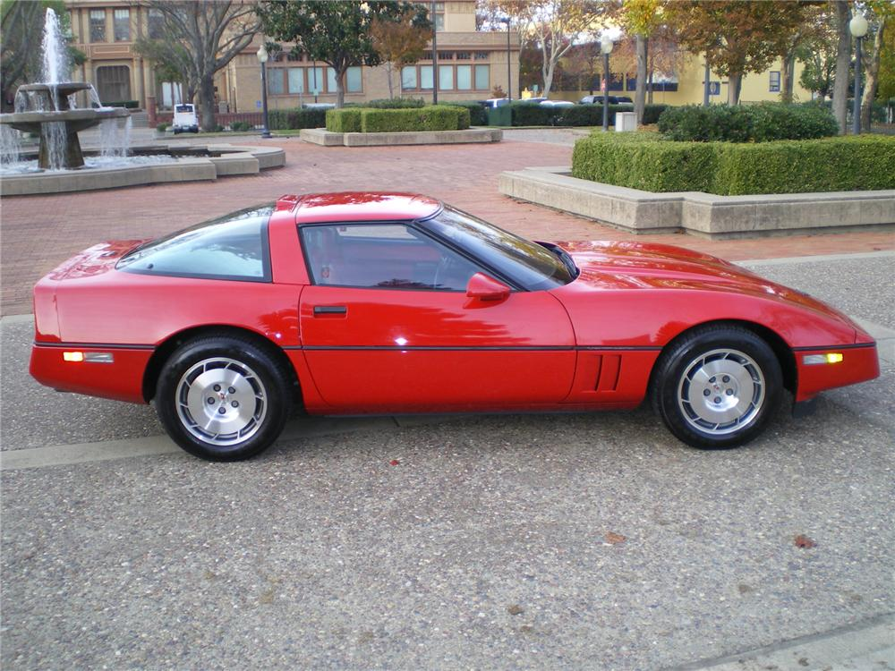 1986 CHEVROLET CORVETTE COUPE - Side Profile - 71837