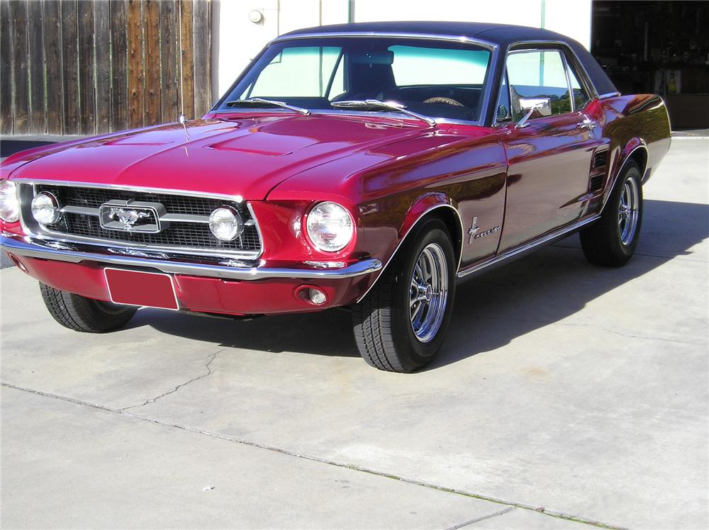 1967 FORD MUSTANG 2 DOOR COUPE - Front 3/4 - 71839