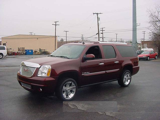 "2007 GMC YUKON ""XL BIG MAX"" CUSTOM SUV - Front 3/4 - 71846"