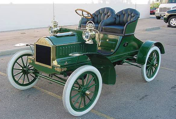 1904 OLDSMOBILE TOURING RUNABOUT - Front 3/4 - 71869