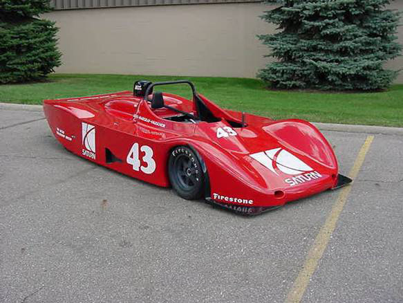 0 SATURN LOLA RACE CAR - Front 3/4 - 71888
