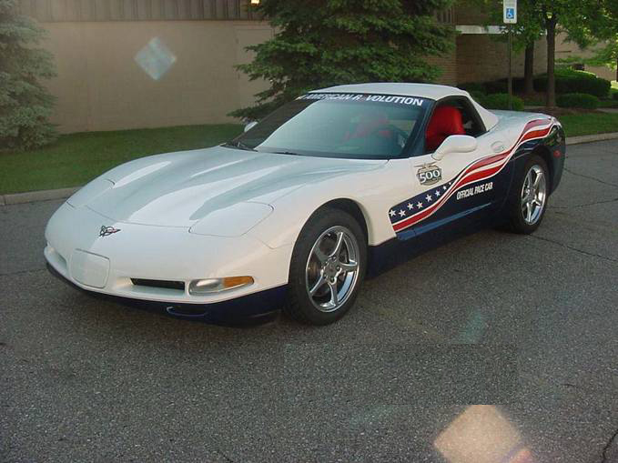 "2004 CHEVROLET CORVETTE ""OFFICIAL INDY 500 PACE CAR"" - Front 3/4 - 71902"