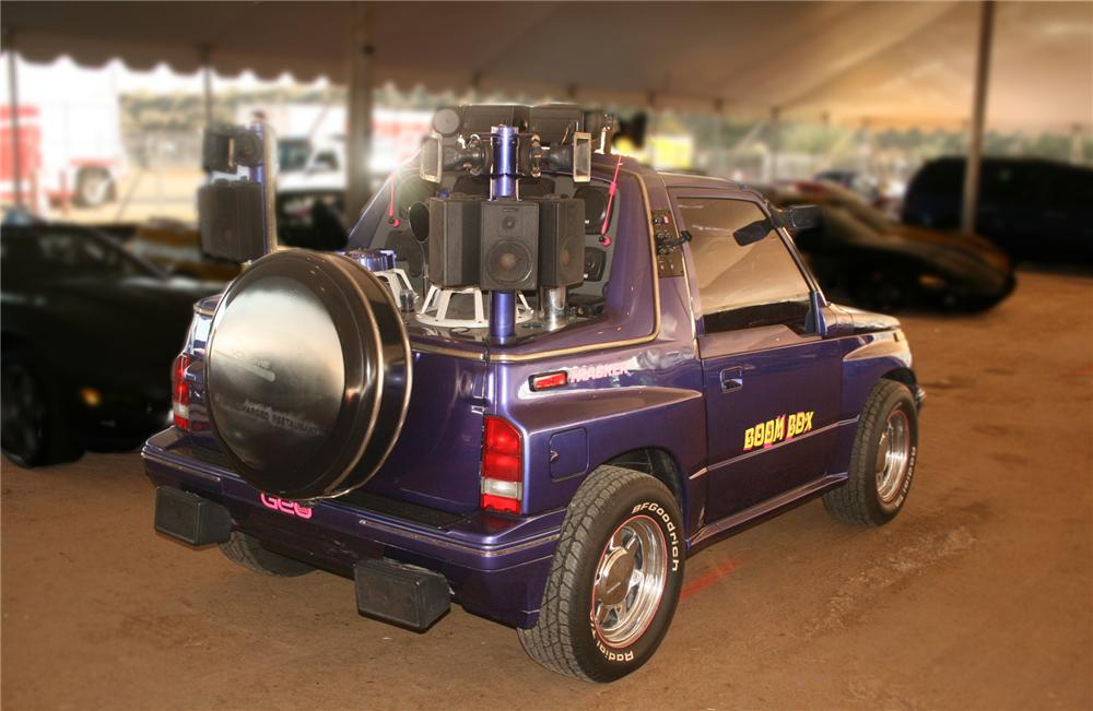 "1989 GEO TRACKER ""BOOM BOX"" CUSTOM - Front 3/4 - 71957"