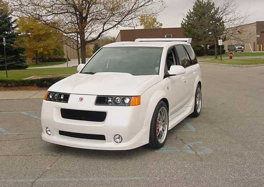 """2004 SATURN VUE RED LINE """"STREET PLAY"""" - Front 3/4 - 71960"""