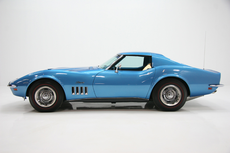 1969 CHEVROLET CORVETTE COUPE - Side Profile - 72084