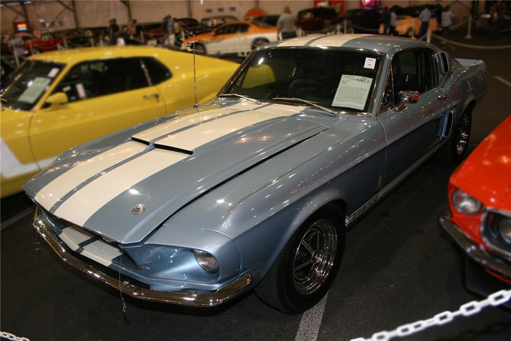 1967 SHELBY GT500 FASTBACK - Front 3/4 - 72428