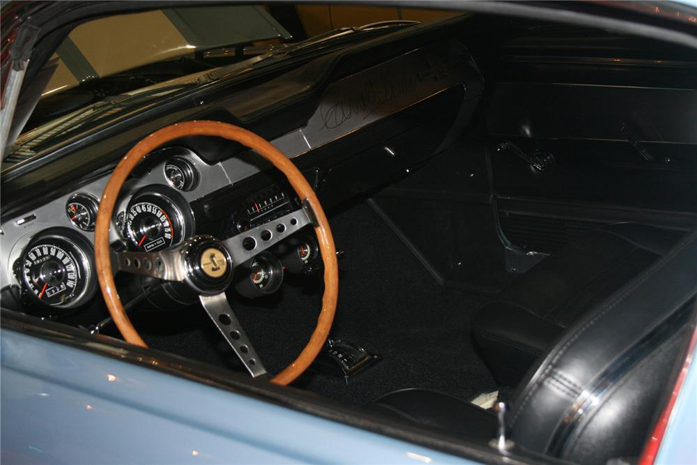 1967 SHELBY GT500 FASTBACK - Interior - 72428