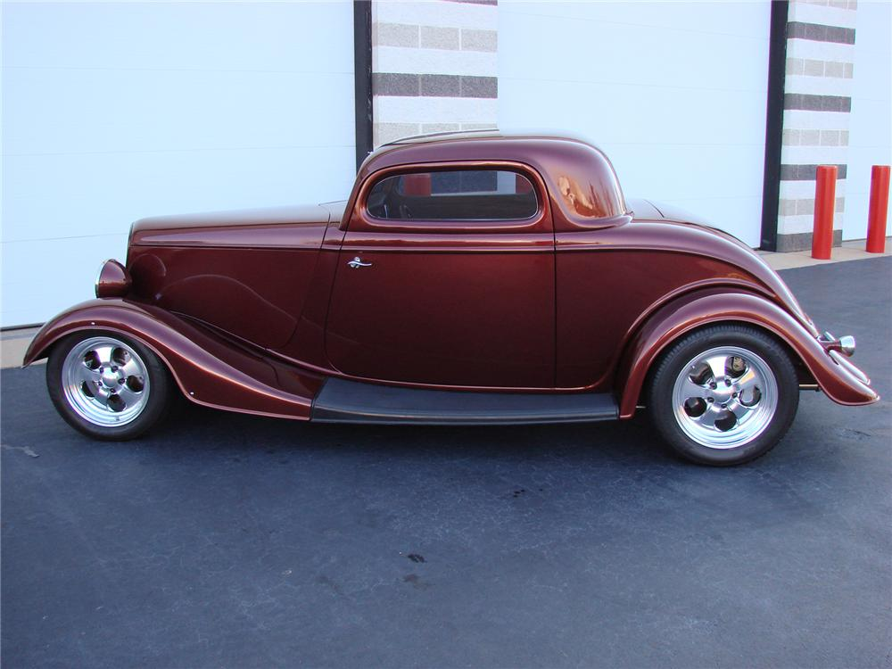 """1933 FORD 3 WINDOW CUSTOM COUPE """"RUSTY WALLACES"""" - Front 3/4 - 72754"""
