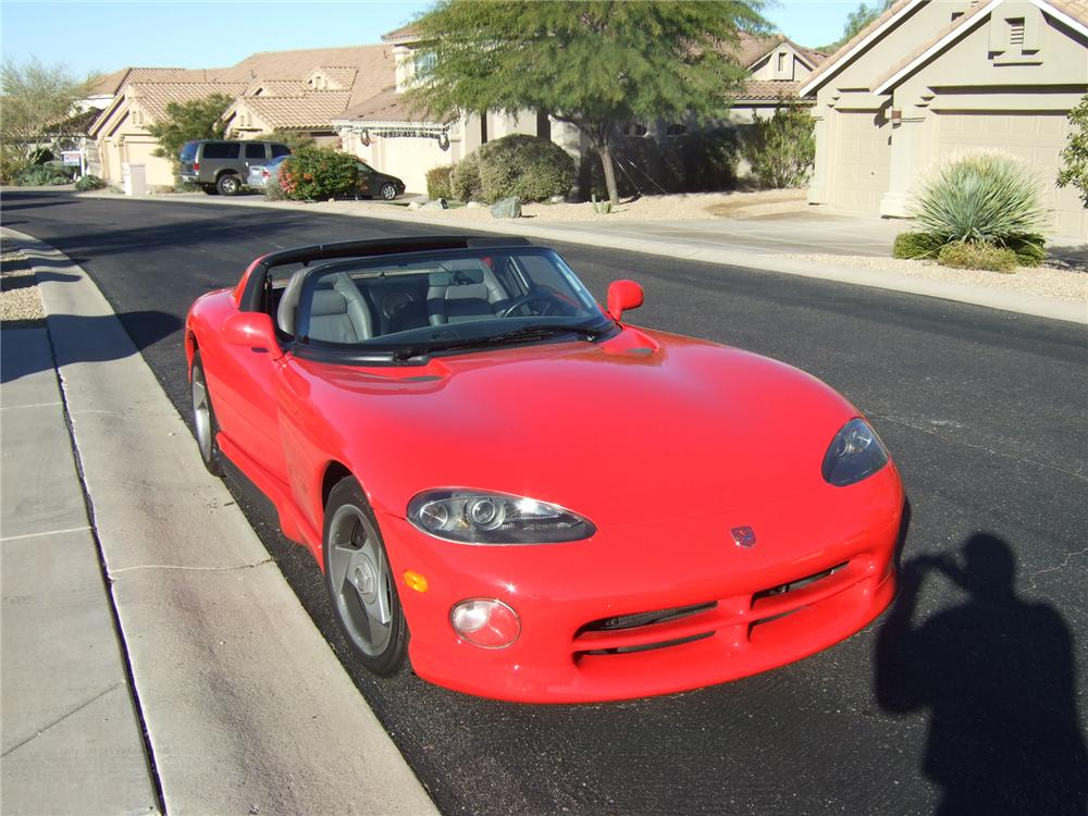 1994 DODGE VIPER RT/10 CONVERTIBLE - Front 3/4 - 72775