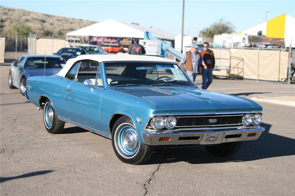 1966 CHEVROLET CHEVELLE SS 396 CONVERTIBLE - Front 3/4 - 73029