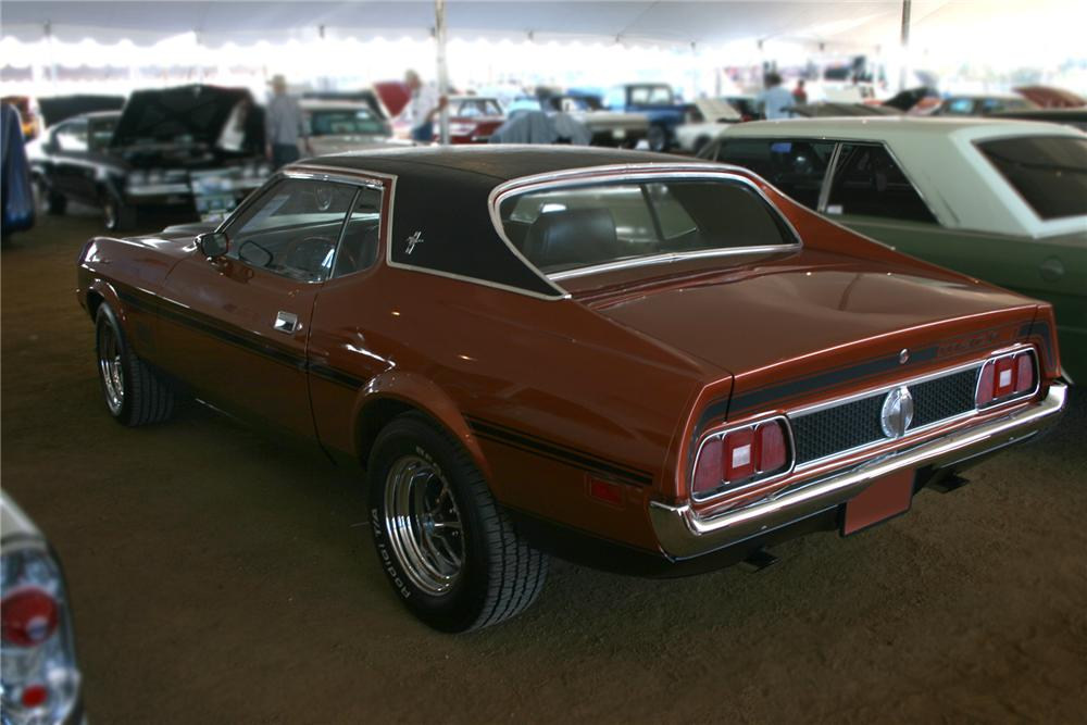 1971 FORD MUSTANG 2 DOOR COUPE - Rear 3/4 - 73044