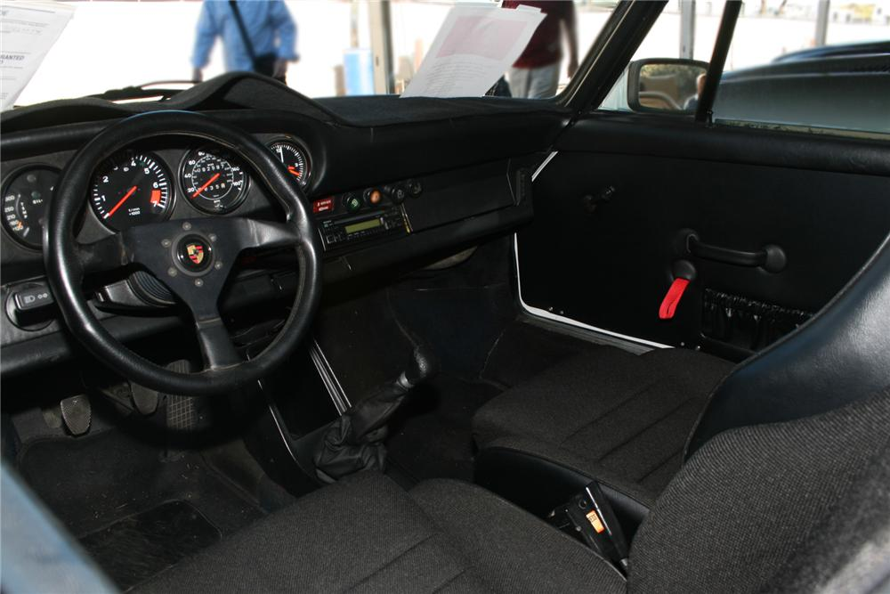 1976 PORSCHE 911S COUPE - Interior - 73099