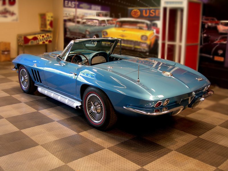 1965 CHEVROLET CORVETTE CONVERTIBLE - Rear 3/4 - 74998
